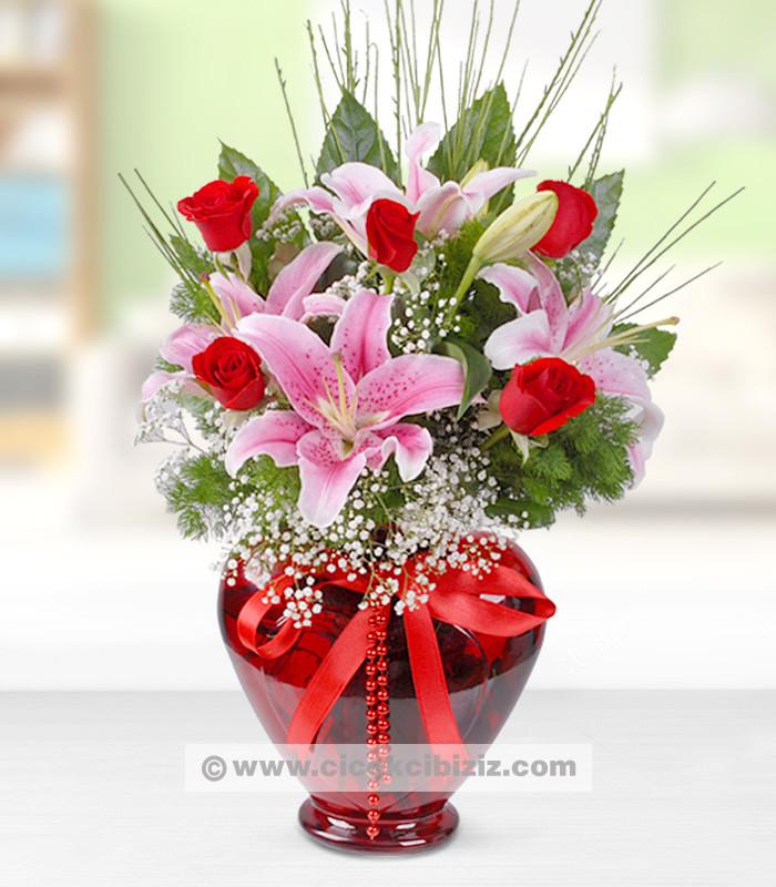 Kalp Atışım Pembe Lilyum Çiçeği