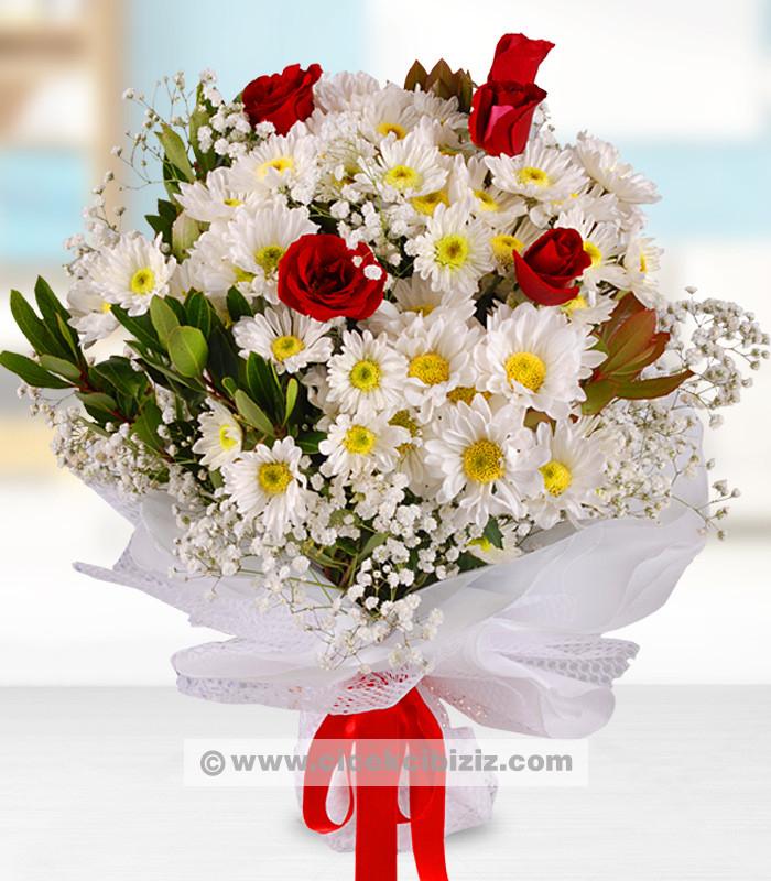 Kır Çiçeği ve Kırmızı Gül Buketi